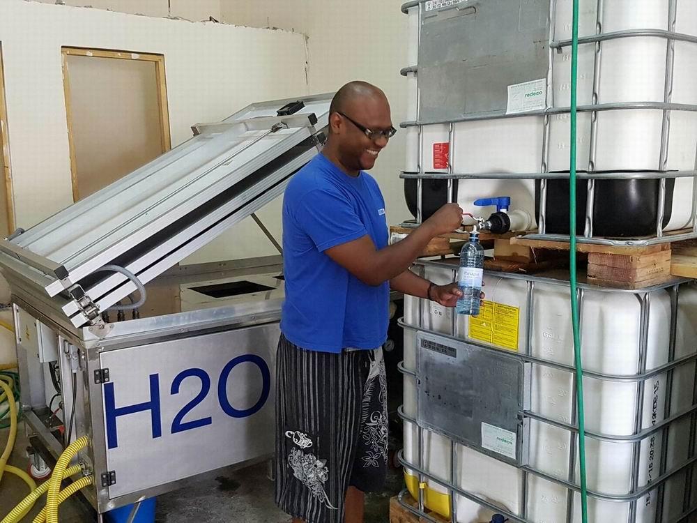 ARSC lleva una potabilizadora H2Optima a Panamà para envasar agua potable en medios rurales.